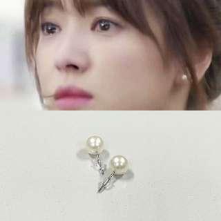 INSTOCKS Pearl Earring (white)