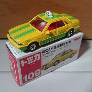 Tomica #109 Nissan Bluebird Taxi (MIJ)
