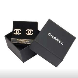 CHANEL水鑽耳環 全新正品 可附購證 金色
