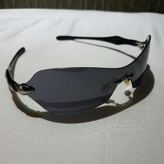Authentic Oakley Aviator Sunglass