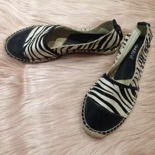 Shubar Zebra Print Flats
