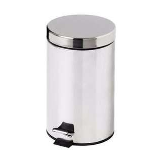 Rubbish Bins (2 of them for bathroom or rooms) 8 aud/ea