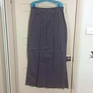 Hijab House High Waisted Grey Vintage Full Length Skirt - Size 14
