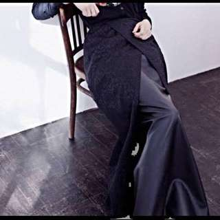 Hijab House Full Length Floral And Leather Skirt In Black - Size 14