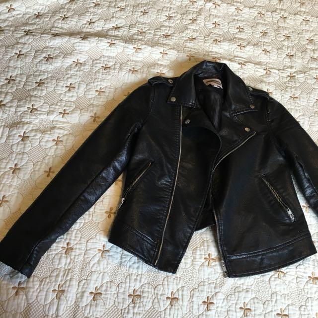 F21 Faux Leather Jacket. Size Xs/s