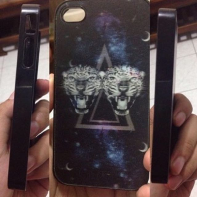 "H & M ""Tiger Hologram"" Case"