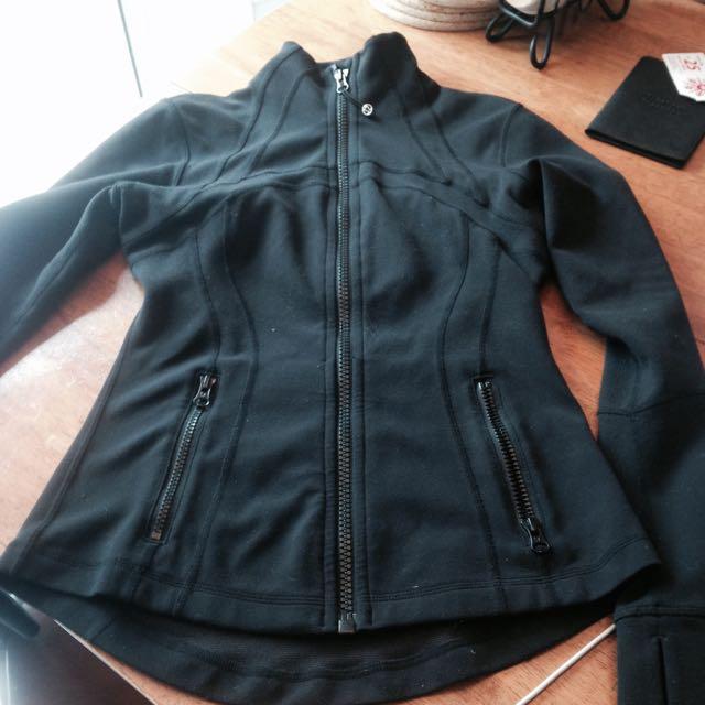 Lulu lemon Silverescent Define Jacket, Size 4