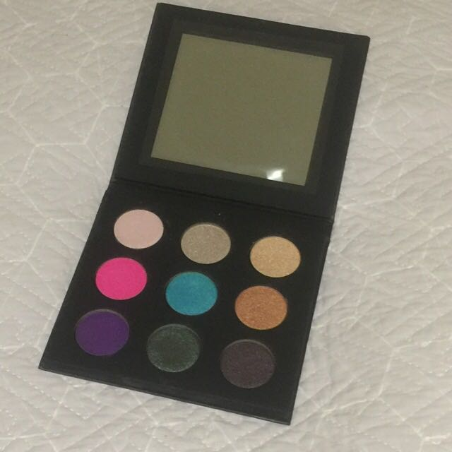 Makeup Forever Artist 2 Eyeshadow Palette