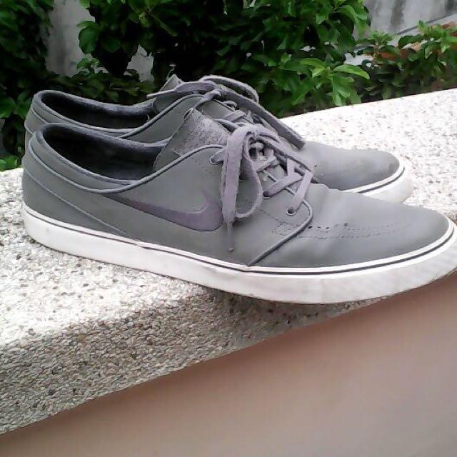 Nike Stefan Janoski Leather Gray