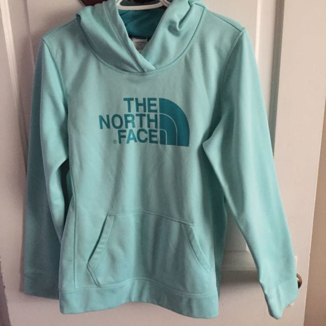 North Face Pull Over Sweater