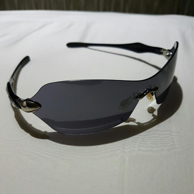 Authentic Oakley Aviator Sunglass
