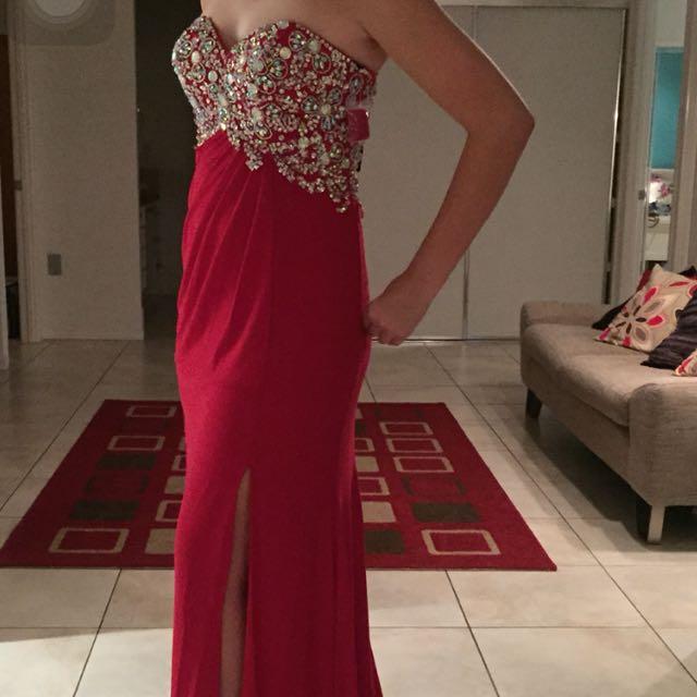 Open Back, Strapless Red Formal Dress