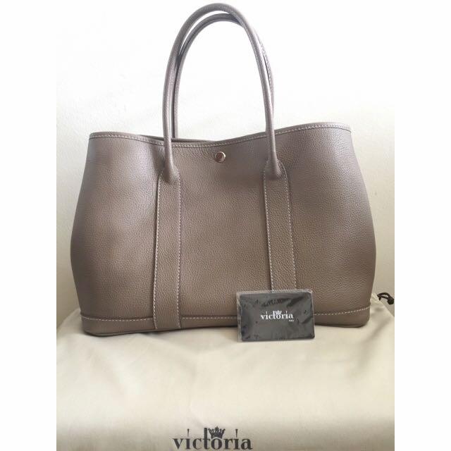 Victoria Garden Party Tote Bag