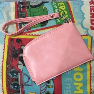 粉色 手機包 外出包 掛頸包