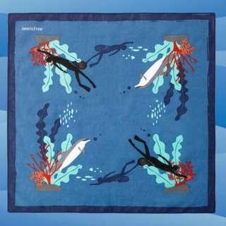 Innisfree Handkerchief 2016
