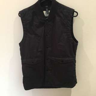 Gstar vest  Large  Navy  Brand New RRP $169