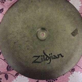 "Zildjian Avedis Brilliant 20"" China Boy Low"