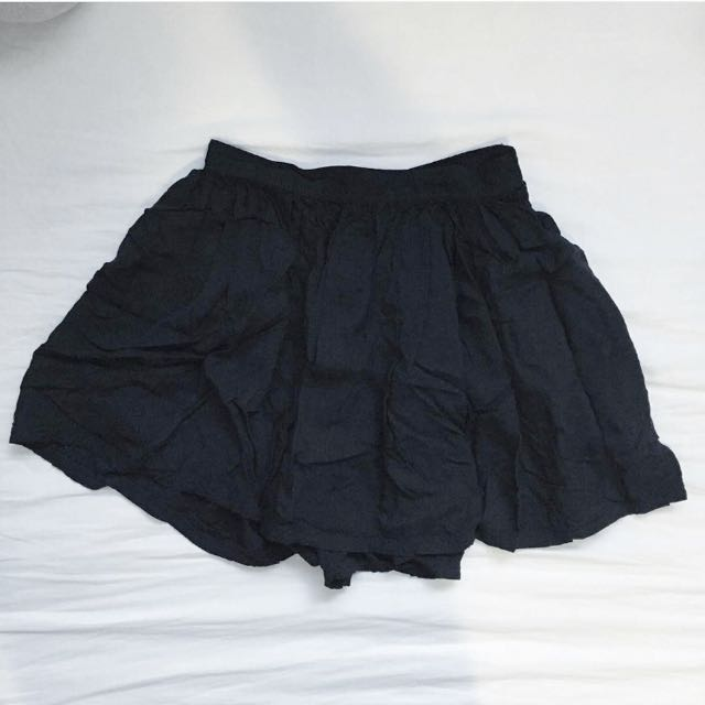 AE Black Circle Skirt