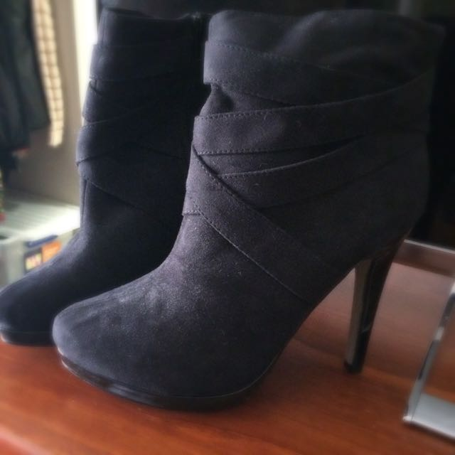 Ankle Boots & Heels Size 8/39