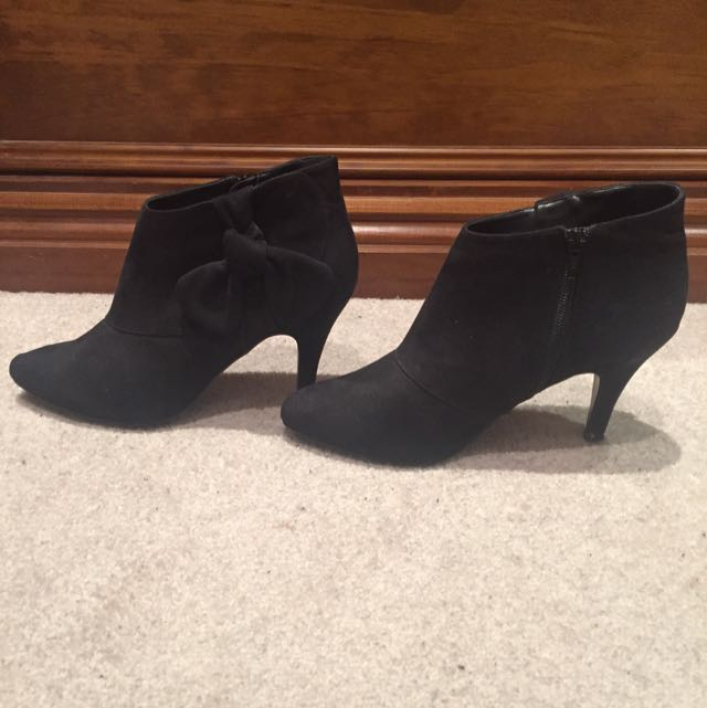 Cute Black Ankle Boots With Zip And Bow Faux Suede Black Sz 8 Worn Once Upstage Brand