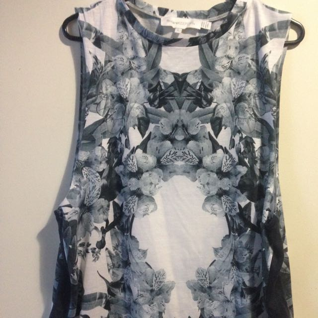 Finders Keepers Floral, Singlet. Top. Festival. Low Arm Holes