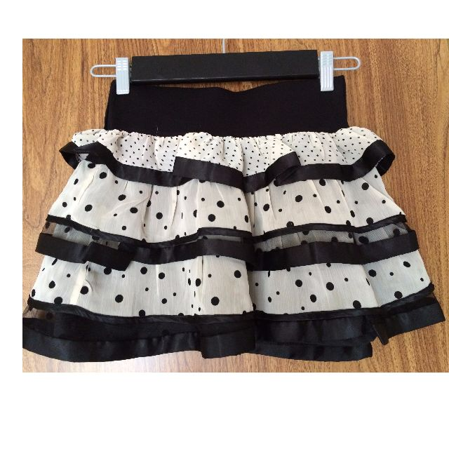 FOREVER 21 BLACK AND WHITE POLKA DOT HIGH WAISTED RUFFLE SKIRT