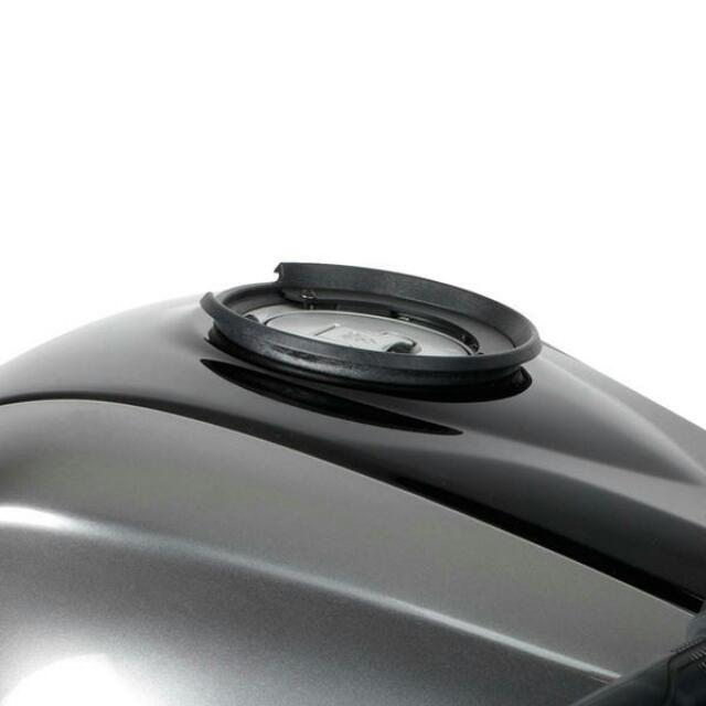 Givi Tanklock Kit