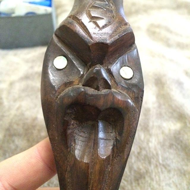 Maori Hand Carved Powa Shell Wooden Tiki Bowl Wall Hanger
