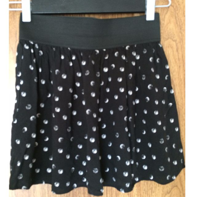 MATERIAL GIRL BLACK SKIRT WITH WHITE POLKA DOTS SIZE SMALL