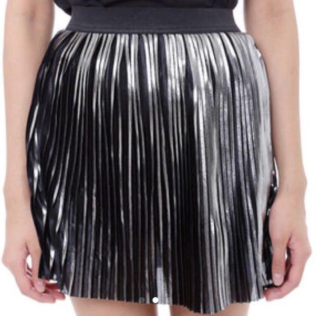 Mds Pleated Metallic Skirt