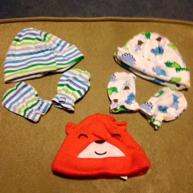 Newborn Hats And Mitts