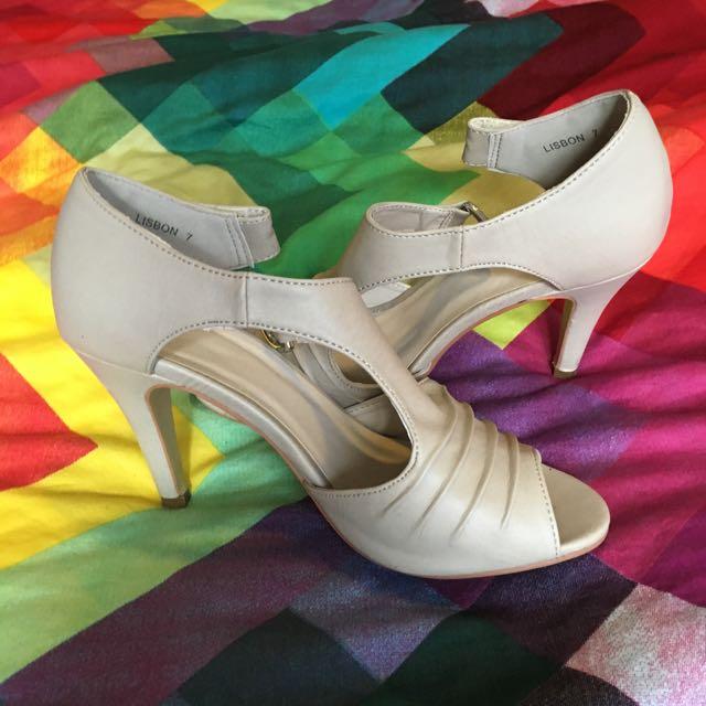 Novo Buckle Heels