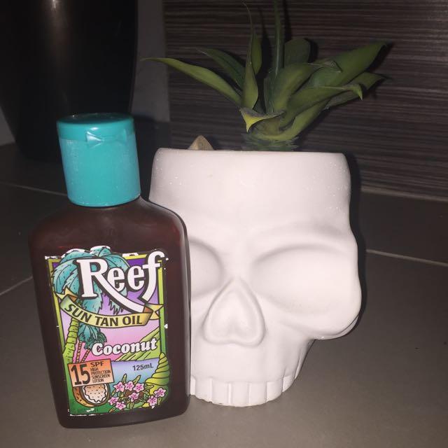 Reef, Suntan Oil