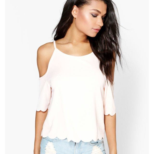 Scallop Edge Top
