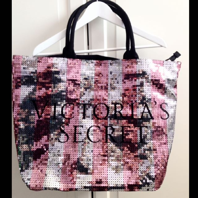 Victoria's Secret Overnight Bag
