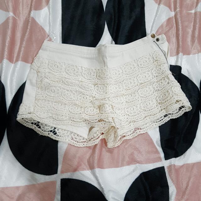 White Lacey Angel Biba Shorts Size 10