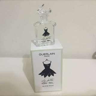 嬌蘭 小黑裙淡香露 花瓣洋裝。5ml