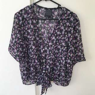 Alice In The Eve Tie-Front Top Size 12