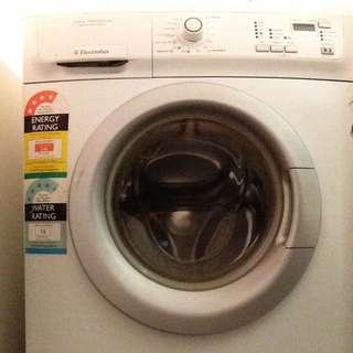 * On HOLD* Electrolux Front Load 7kg Washing Machine