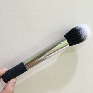 Real Techniques Duo Fiber Face Brush