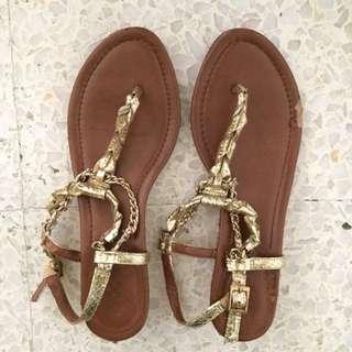 Authentic Vince Camuto Sandals