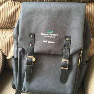 HP 時尚背包