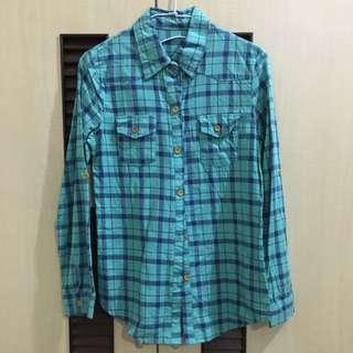 綠格子襯衫