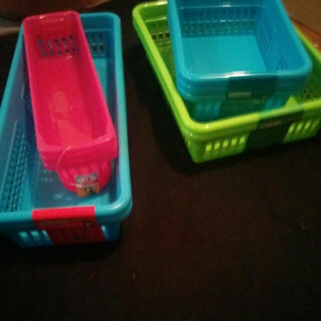 4 Sets Of Multi Use Organizer Baskets