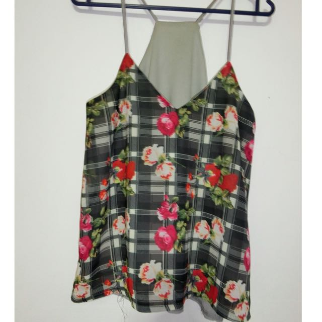 7$ (mailed) flowery tanktop by The editors market
