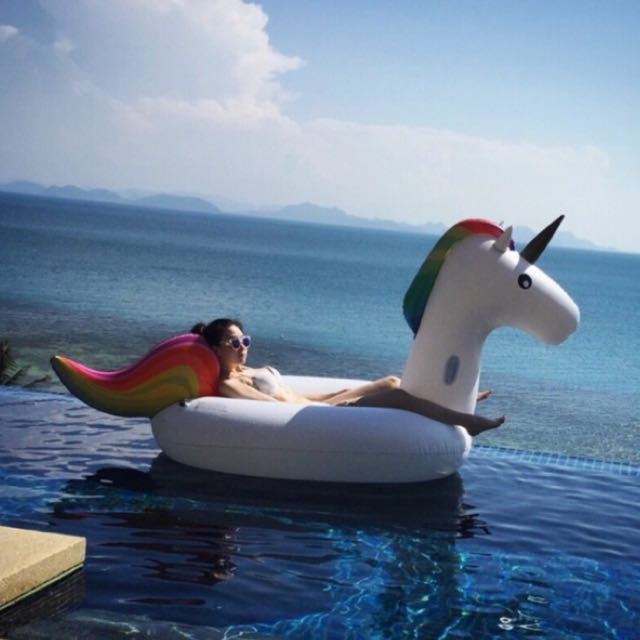 現貨‼️獨角獸造型泳圈 水上坐騎🦄️✨