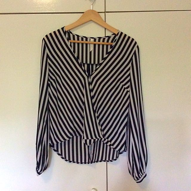 Long Sleeve Black And White Top