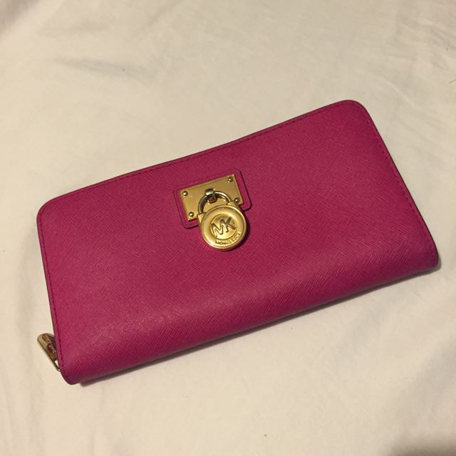 Michael Kors Saffiano Leather Hamilton Lock Large Zip Wallet In Pomegranate