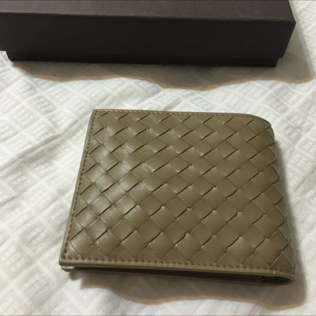 dc260edfca (NEW) Bottega Veneta New Army (olive green) leather Intrecciato billfold  MENS Wallet