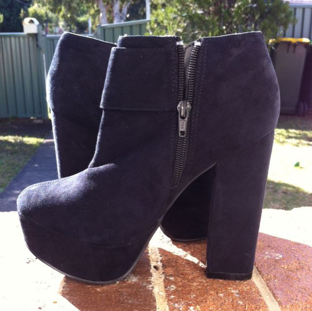New Look Black Size6